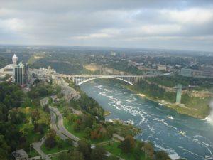 most-koji-povezuje-usa-i-kanadu
