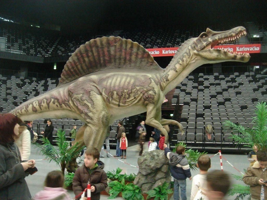 Dino 051