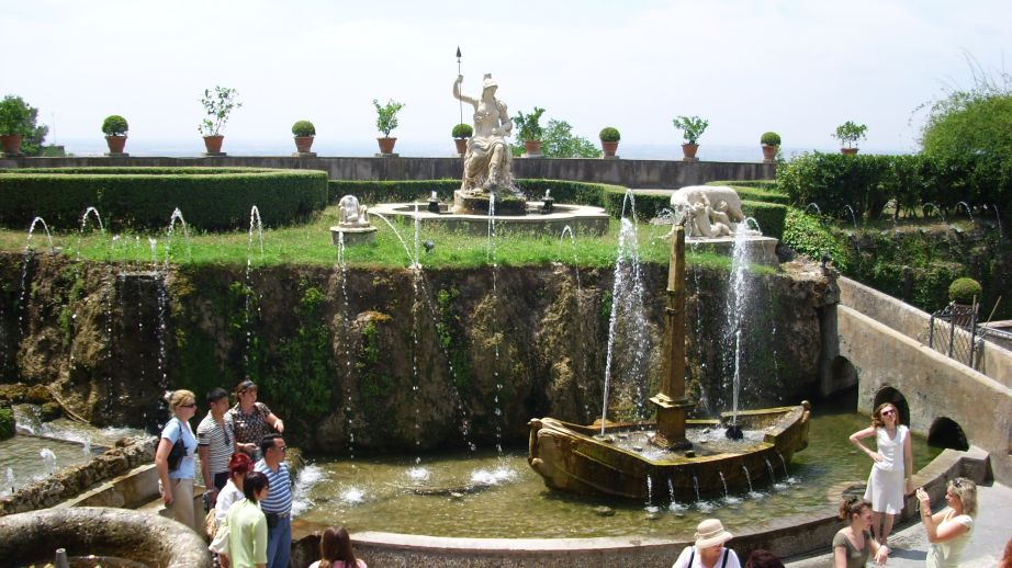Villa d'Este - fontana Rometta (mali Rim)