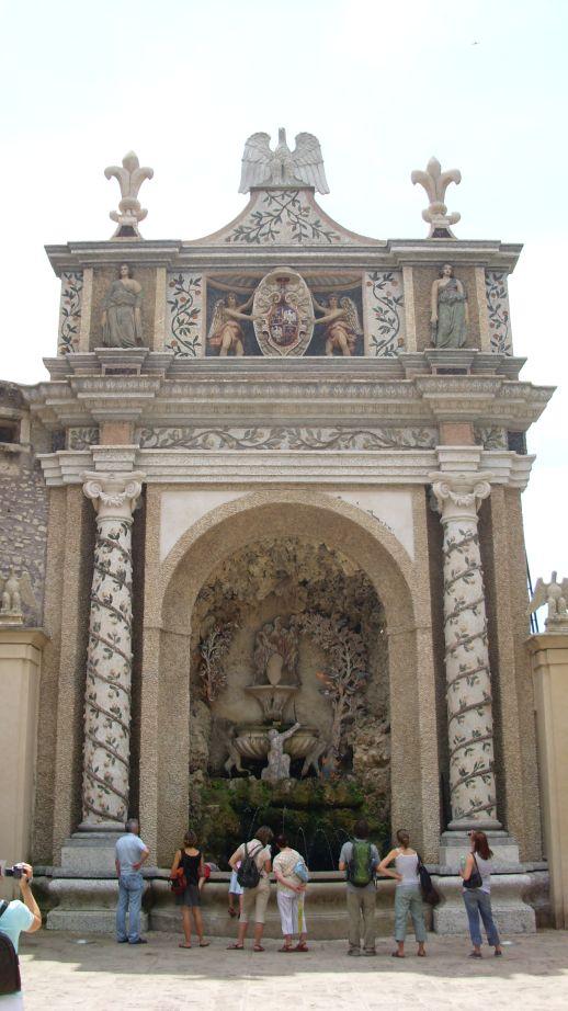 Villa d'Este - Sovina fontana