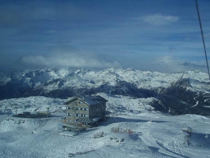 Pogled sa vrha - skijalište Passo Groste 2444 m n.v.