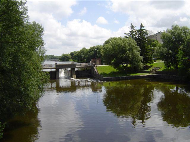 rijeka Avon, most i brana