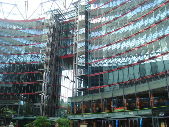 BERLIN - Sony centar