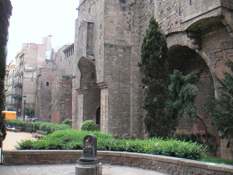 Gotička četvrt - zidine
