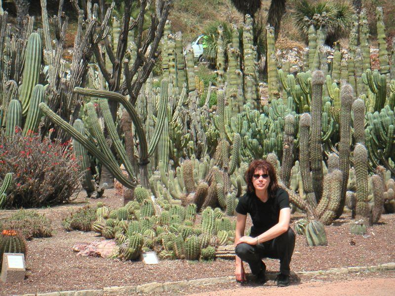 Katja i kaktusi u botaničkom vrtu