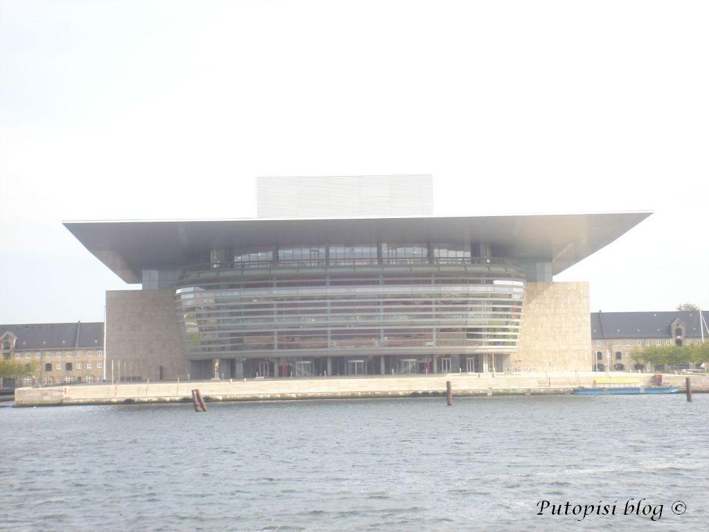 KOPENHAGEN - zgrada Opere