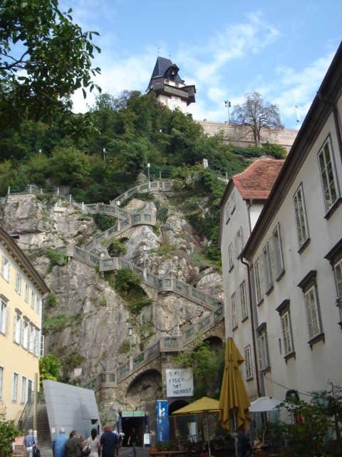 Brdo Schlossberg i Uhrturm