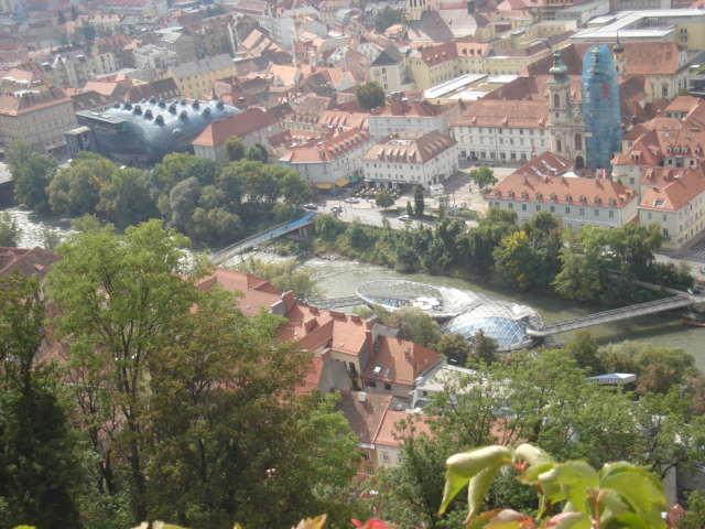 Pogled s Schlossberga na Aliena i Murainsel