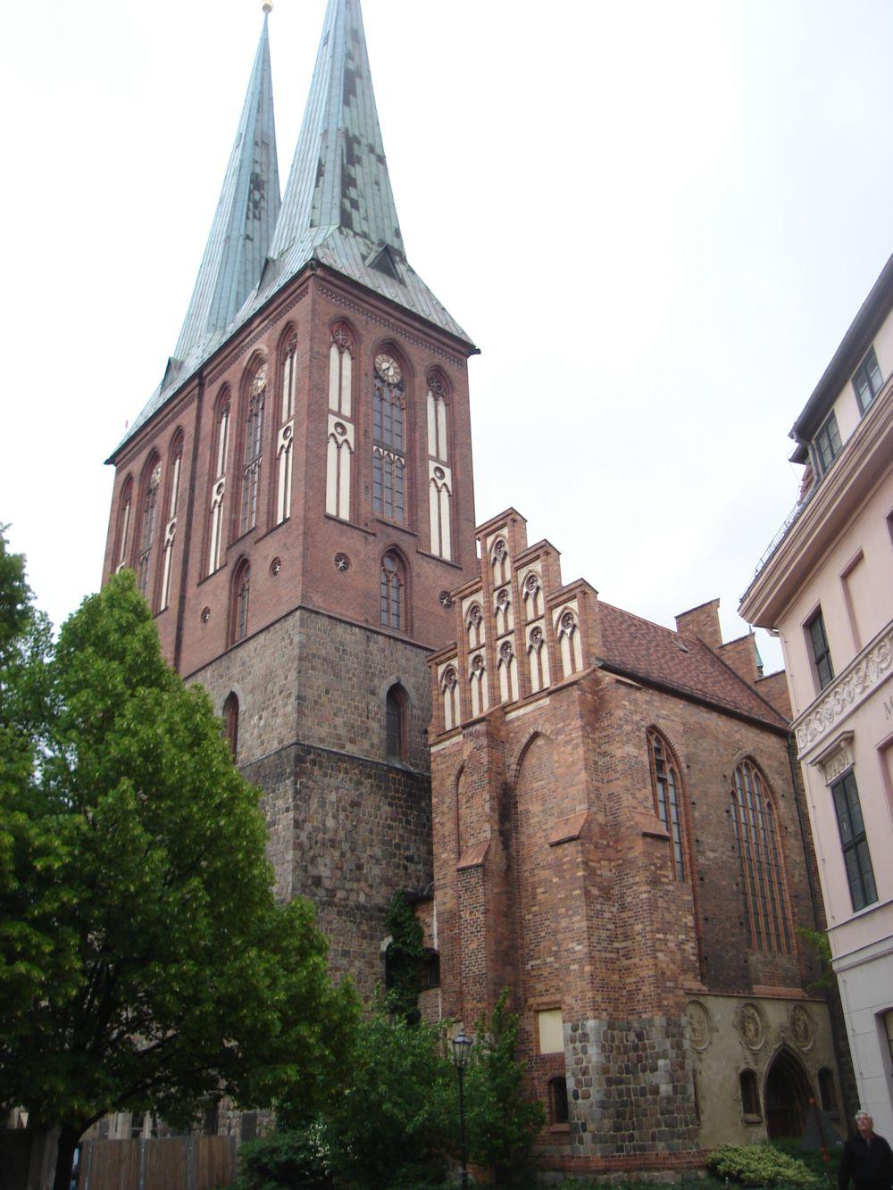 Crkva sv. Nikole u Nikolaiviertel