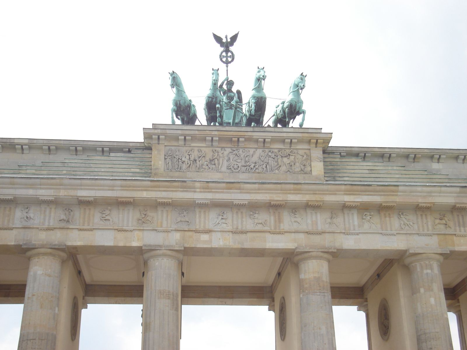Na vrhu Brandenburških vrata, kip božice pravde u kočiji