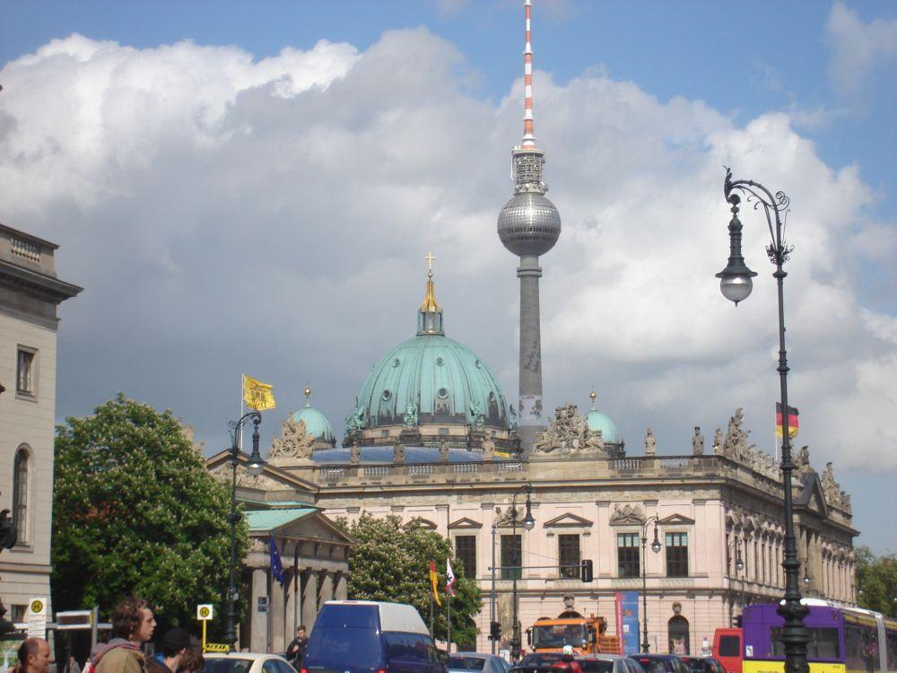 Neue Wache, Povijesni muzej, Berliner Dom i TV toranj