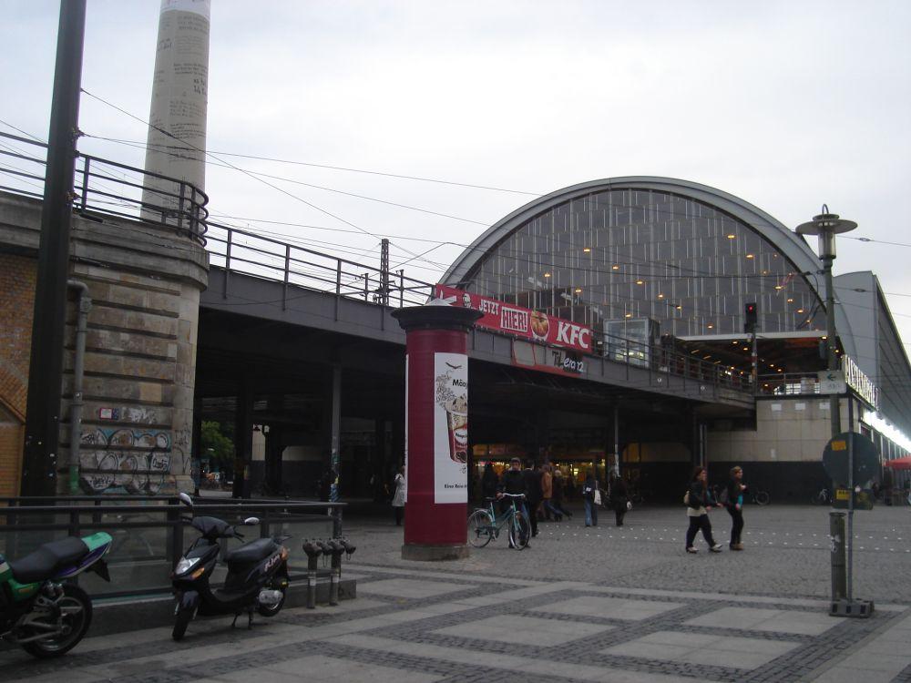 Želj.stanica iz 19.stoljecća na Alexanderplatzu