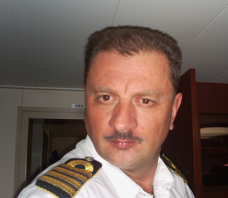 Senor tango captain