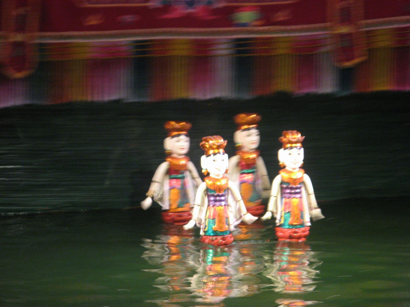 Lutke na vodi