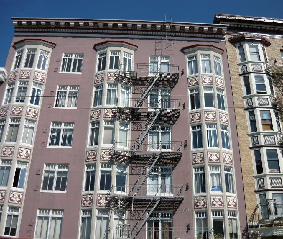 Zmajevi i na fasadi