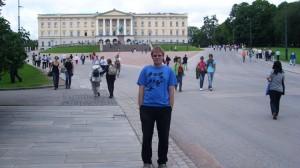 Oslo-ispred kraljevske rezidencije