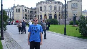 Oslo-ispred norveškog Parlamenta
