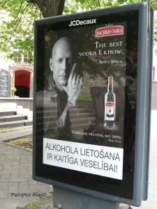 Bruce Willis reklamira votku