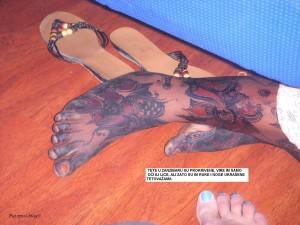 Tete u Zanzibaru su pokrivene, ali im vire tetovaže