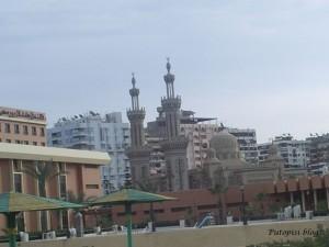 Džamija i antene