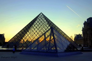 Louvre - Pyramid
