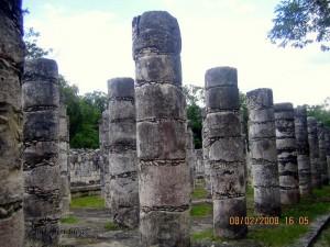 Templo De Los Guerreros - Columns