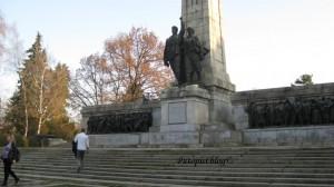 Spomenik bugarskoj vojsci, samo da se doživi grandioznost