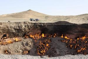 Darvaza plinski krater danju