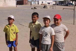 Usred Turkmenistanke pustinje klinac u Hajdukovim gaćicama