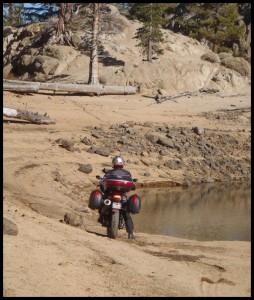 i po pijesku
