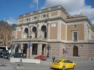 Operna kuća