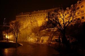 Pogled s Vltave na dvorac Rosenberg