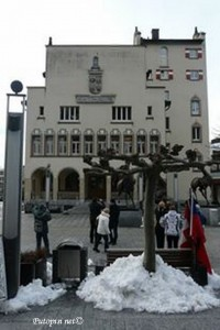 russo turisto pred gradskom vijećnicom