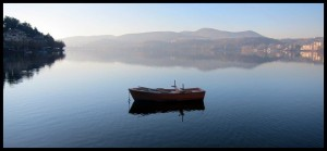 Barke na jezeru Orestiada 3