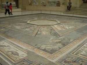 Etrurski mozaik