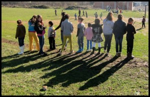 djeca se skupljaju
