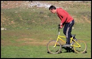 ima i biciklista