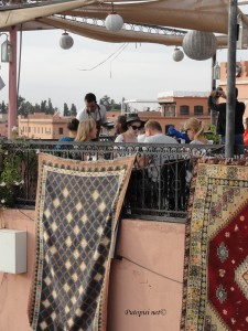 Taraca restorana iznad trga