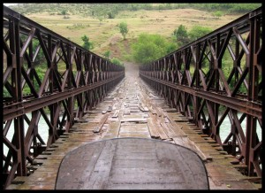 Idemo preko mosta