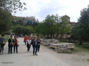 Idemo iz Akropole prema Agori