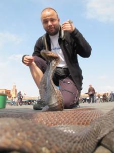 i sa zmijama