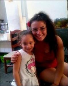 Moja amiga u faveli koja me ucila plesati sambu , mala Áurea