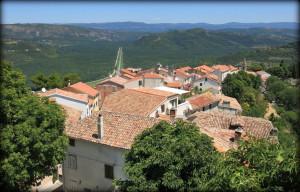 Kesteni, krovovi i Istarska brda