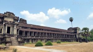 Obzid hrama (s reljefima)