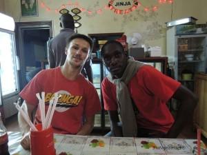 Emmanuel i ja u restoranu Mame Sarah