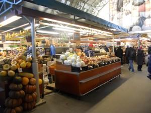 Tržnica unutar jednog od paviljona
