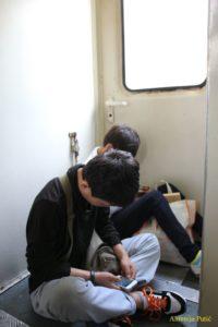 u vlaku - klinci