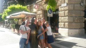 01 Pored kipa madarskog vojnika u Zrinyi ulici